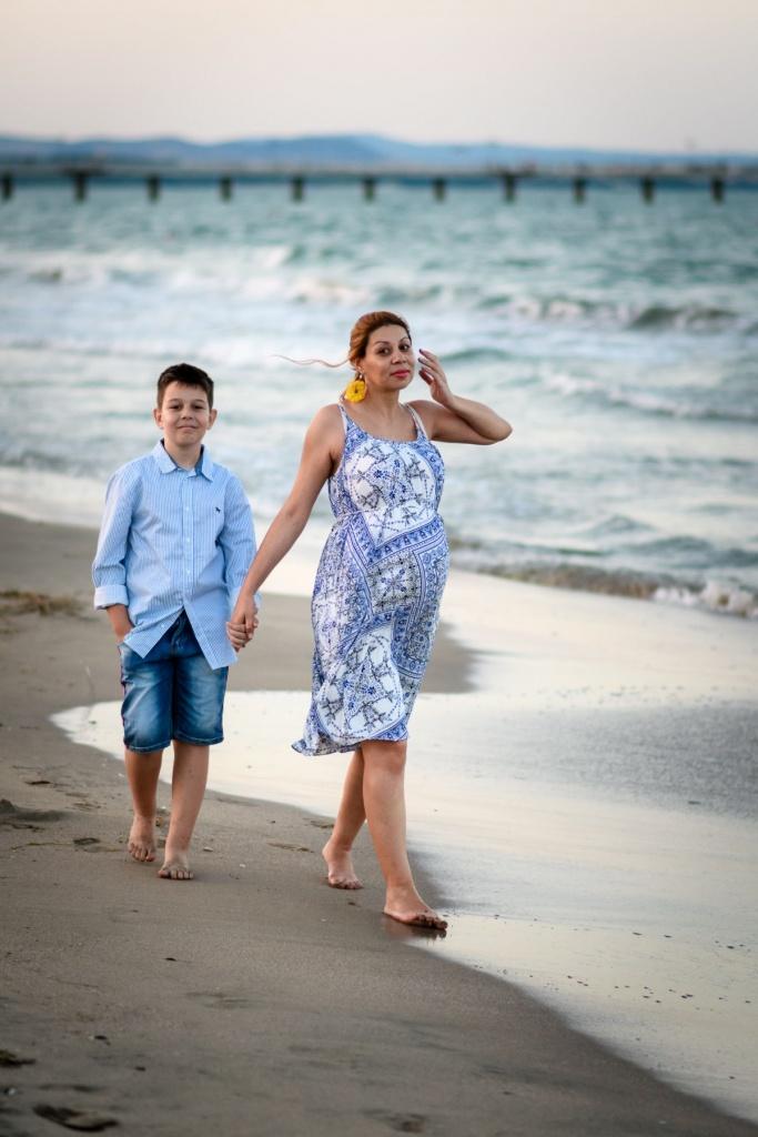 фотосесия за бременни на плажа